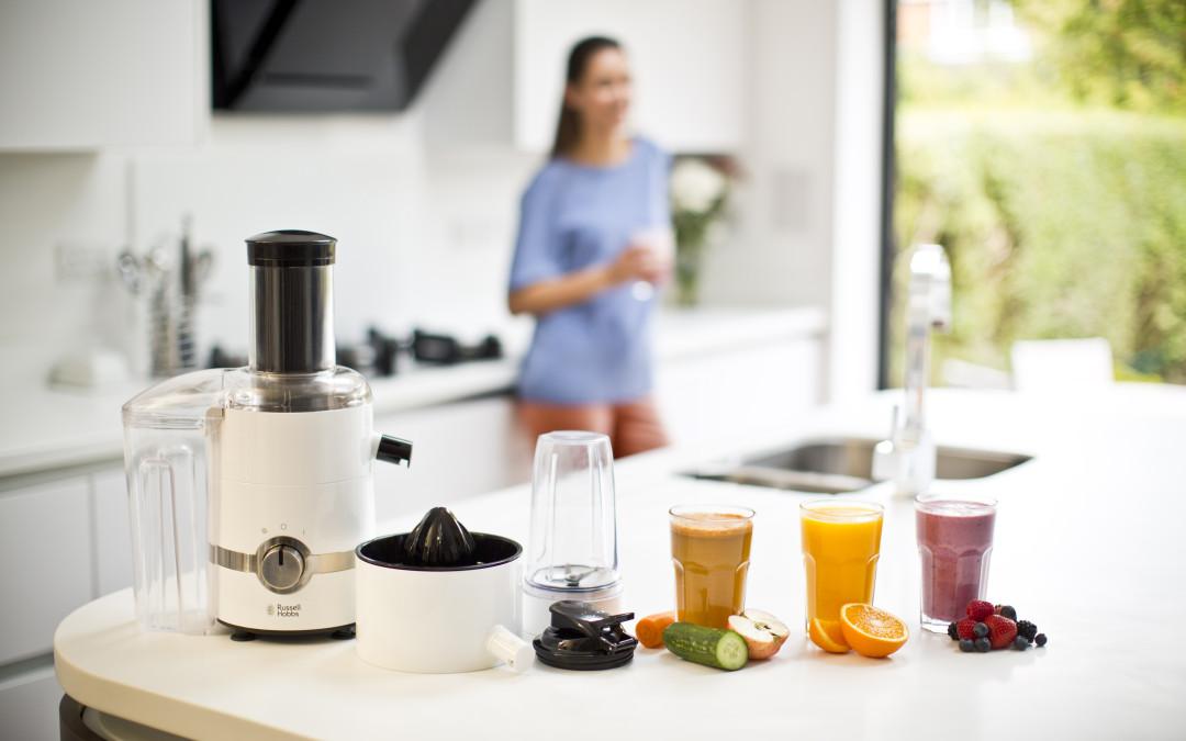 Fai il carico di vitamine con il nuovo 3 IN 1 ULTIMATE JUICER di Russell Hobbs: un solo elettrodomestico, tre diverse funzioni per spremere, frullare e centrifugare
