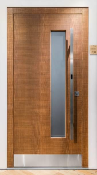 completamente sostenibile, con sblocco contact-free e apertura automatica, ecco la nuova porta SMART di Rubner Turen
